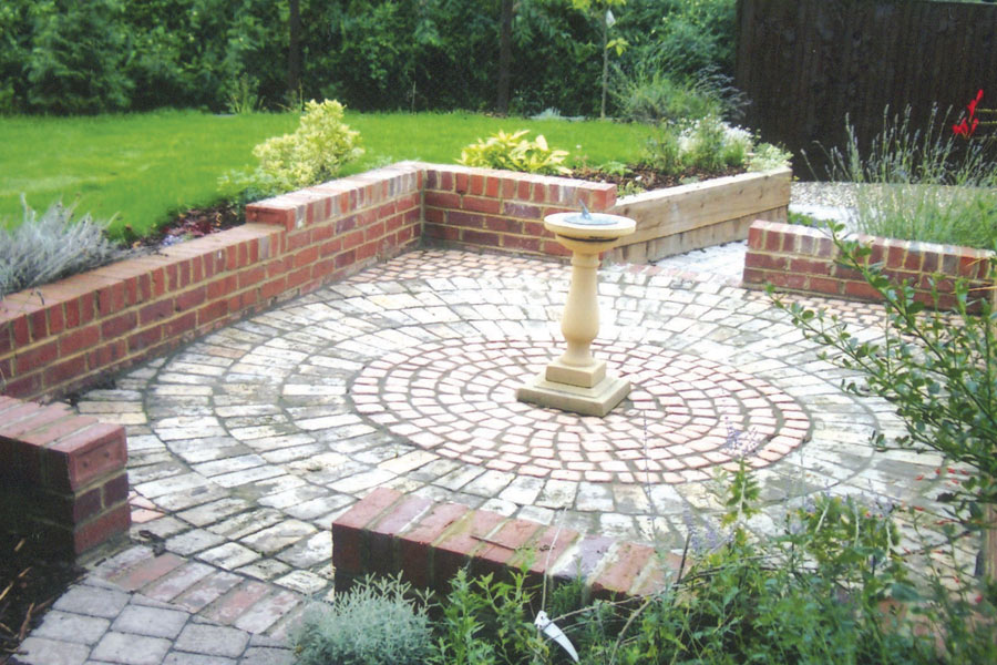 Backyard Landscaping Newcastle : Paving landscaping in newcastle northumberland